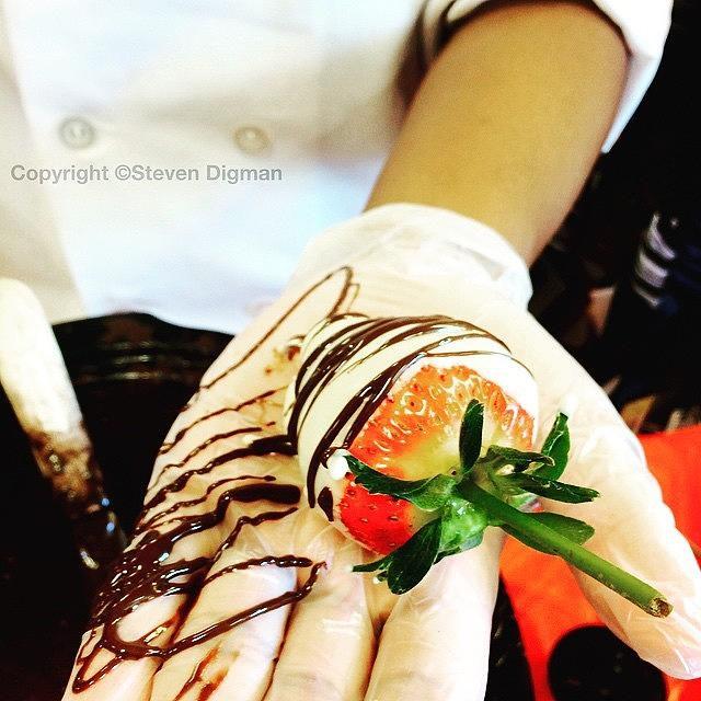 Cuisine Photograph - Chocolate Strawberries   by Steven Digman