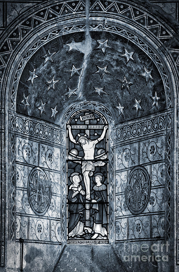 Jesus Christ Photograph - Christ Crucifixion Window by Tim Gainey
