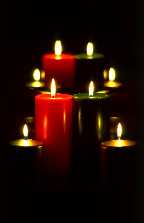 Christmas Photograph - Christmas Candles 5 by Steve Ohlsen