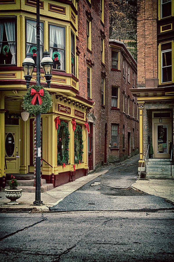 Christmas Photograph - Christmas In Jim Thorpe by Frank Morales Jr