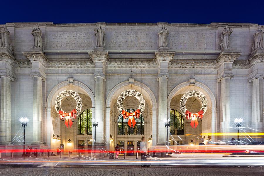 Washington Photograph - Christmastime At Union Station by Robert Davis