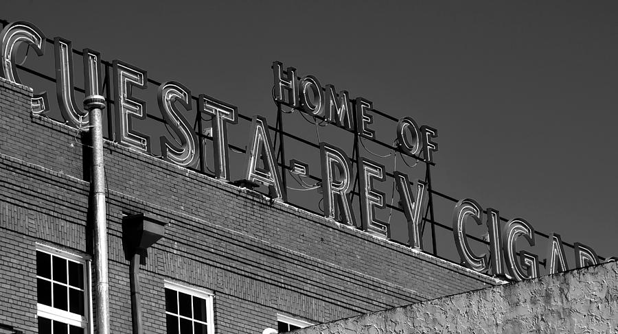 Black And White Photograph - Cigar Home by David Lee Thompson