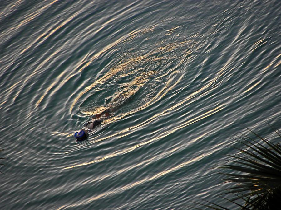 Water Photograph - Circular Pattern by Elizabeth Hoskinson