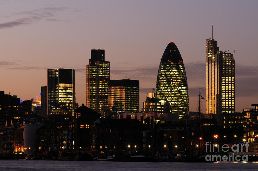 city of london skyline at dusk photograph by liz pinchen. Black Bedroom Furniture Sets. Home Design Ideas