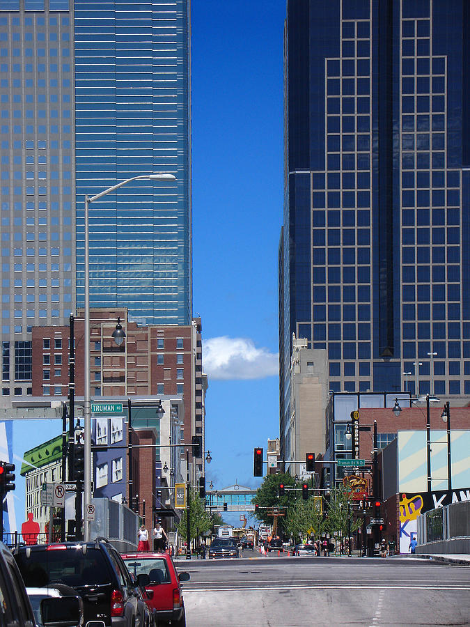 Kansas City Photograph - City Street Canyon by Steve Karol
