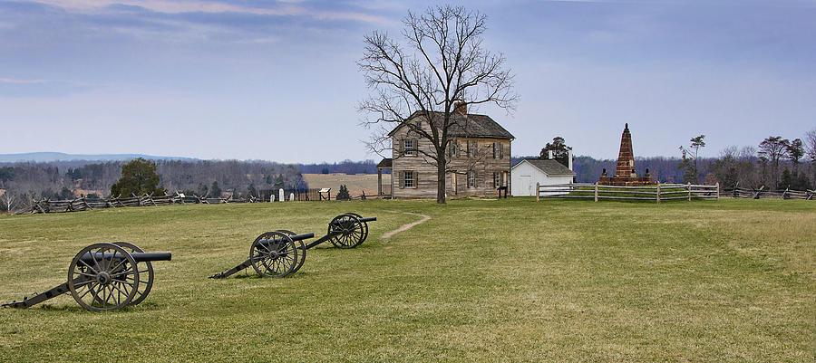 manassas Battlefield  Photograph - Civil War Cannons And Henry House At Manassas Battlefield Park - Virginia by Brendan Reals