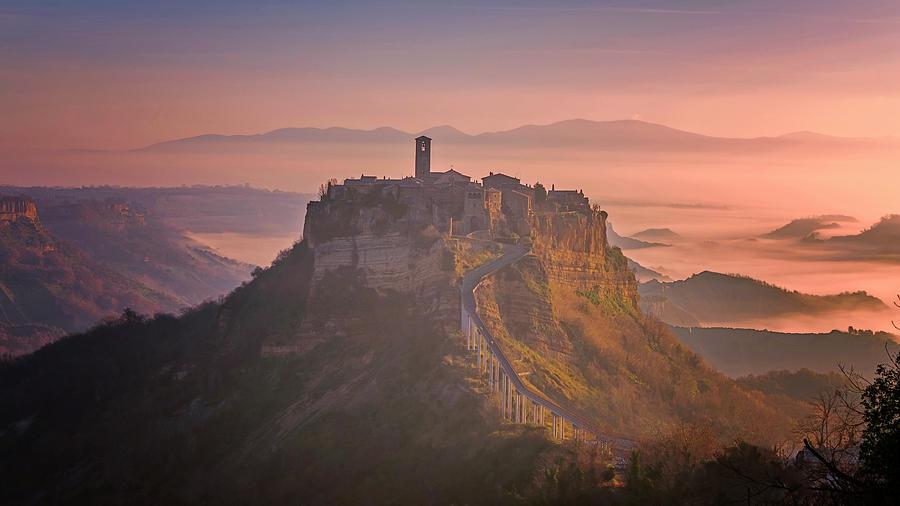 Civita Di Bagnoregio Italy Photograph