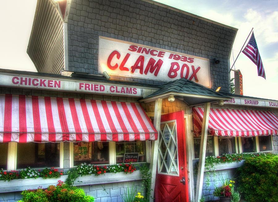 New England Photograph - Clam Box Restaurant - Ipswich Ma by Joann Vitali