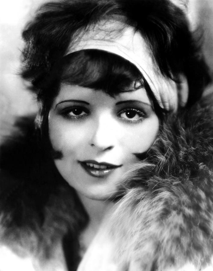 1920s Portraits Photograph - Clara Bow, Ca 1927 by Everett
