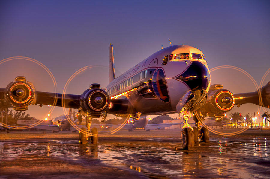 Airliner Photograph - Classic Ride by William Wetmore