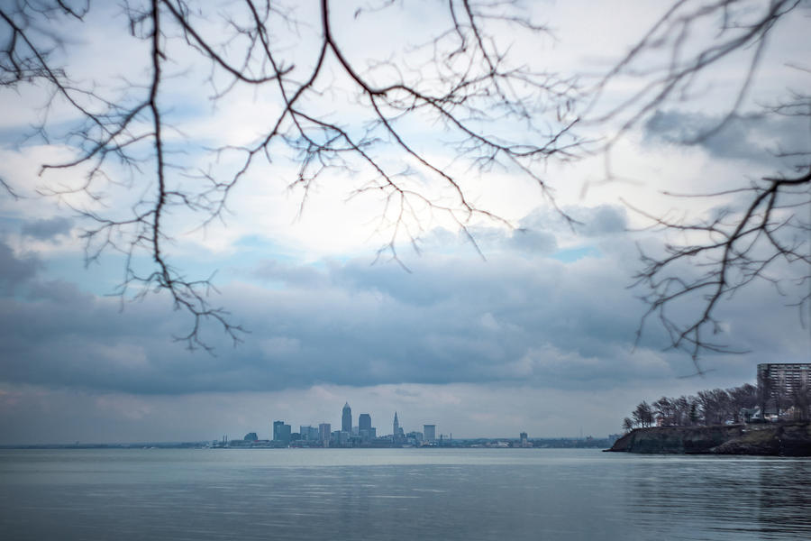 Cleveland Photograph - Cleveland Skyline with a Vintage Lens by Lindy Grasser