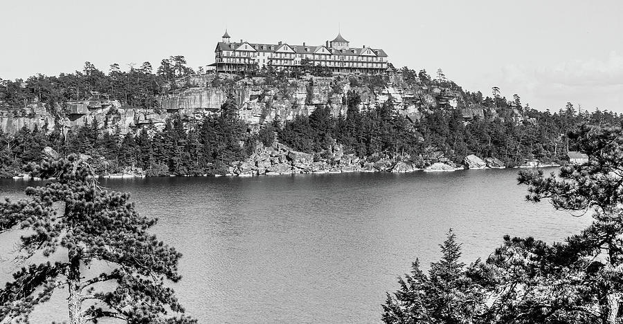 Cliff House at Lake Minnewaska, 1900 by The Hudson Valley