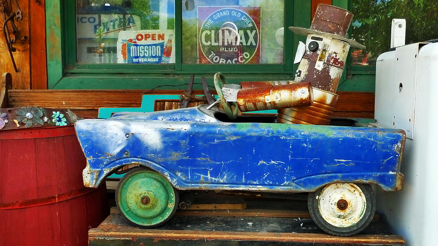 Toy Photograph - Climax by Skip Hunt