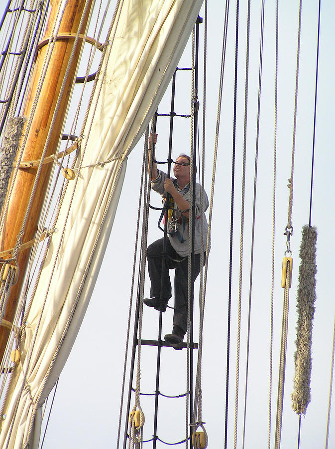 Climbing To The Crows Nest Photograph by Chuck Cannova
