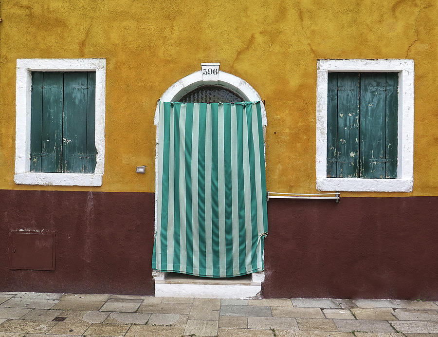 Burano Photograph - Cloth Doorway In Burano by Dave Mills & Cloth Doorway In Burano Photograph by Dave Mills