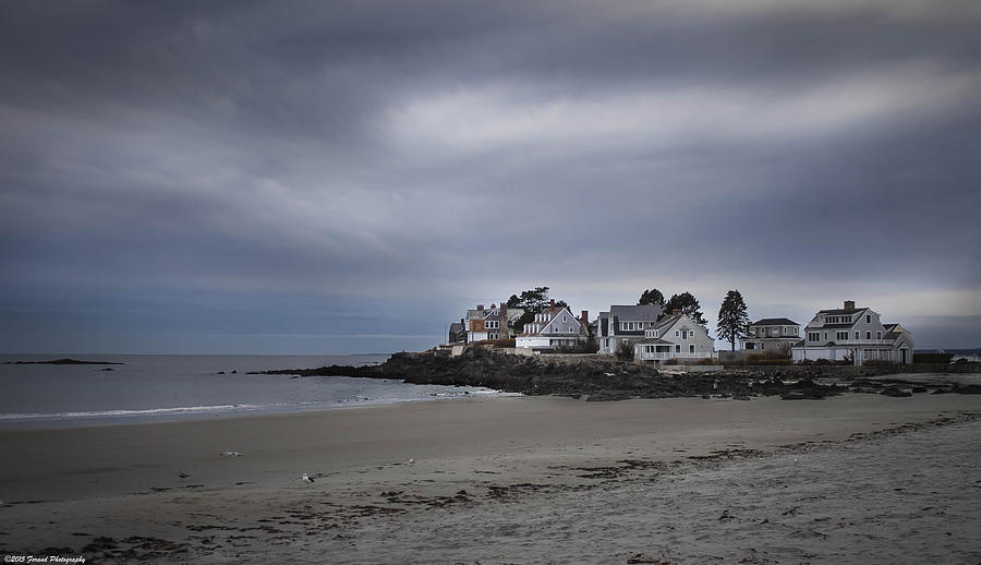Maine Photograph - Coastal Homes Kennebunkport  by Debra Forand