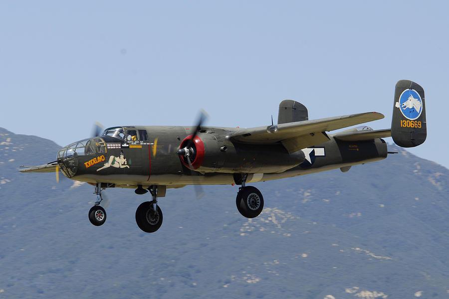 Airplane Photograph - Collings Foundation North American B-25j Mitchell Tondelayo by Brian Lockett