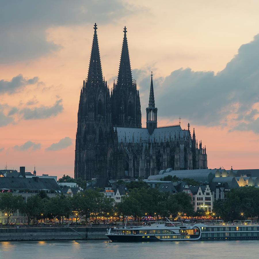 Cologne Photograph - Cologne 22 by Tom Uhlenberg