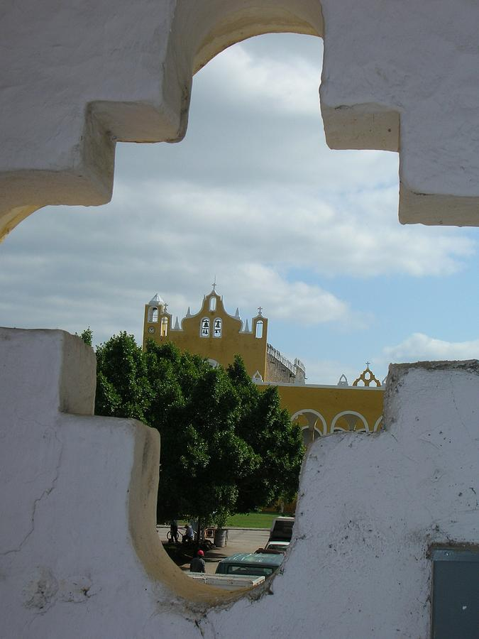 Mexico Photograph - Colonial Izmal by Jonathan Kotinek