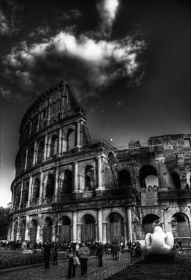 Rome Photograph - Coloseo 2 by Brian Thomson