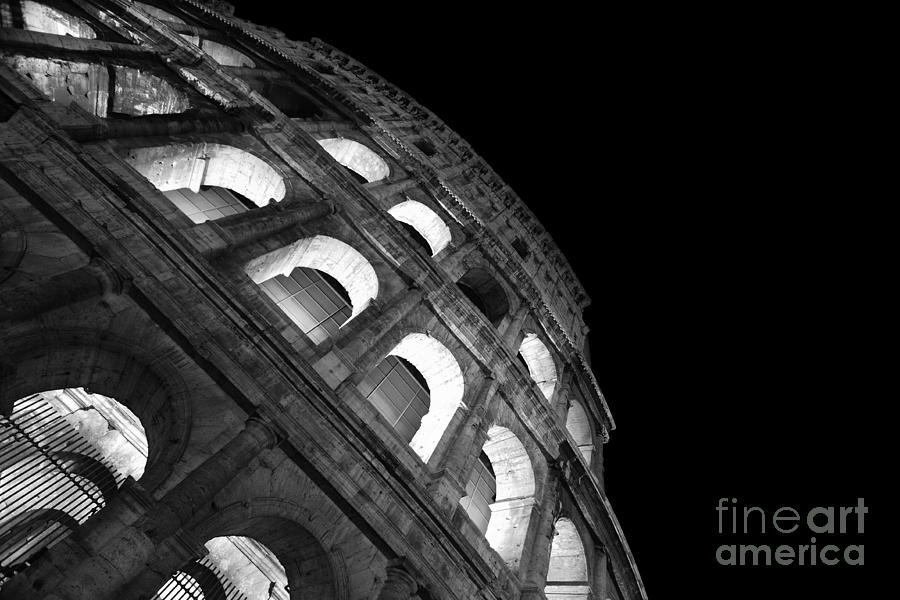 Colosseum Photograph - Colosseum by Night - Roma - Italy by Stefano Senise