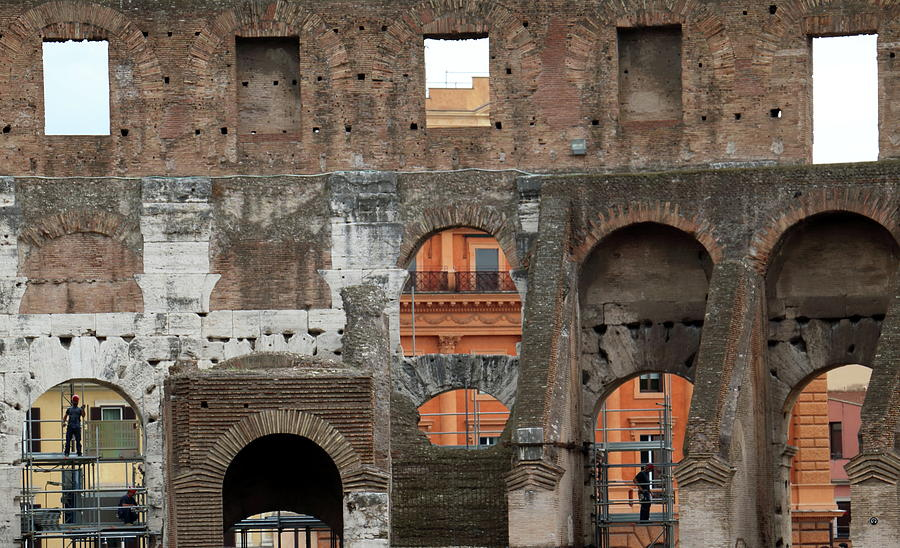 Colosseum by Laura Davis