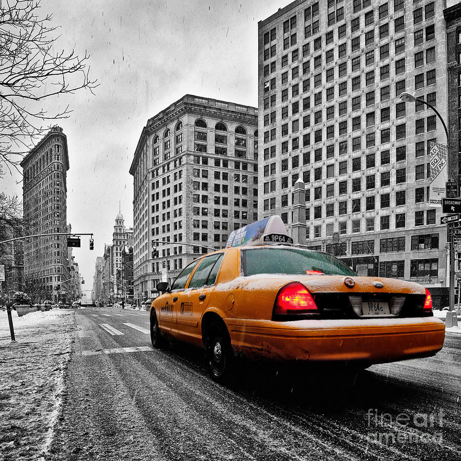 New York City Print Photograph - Colour Popped Nyc Cab In Front Of The Flat Iron Building  by John Farnan