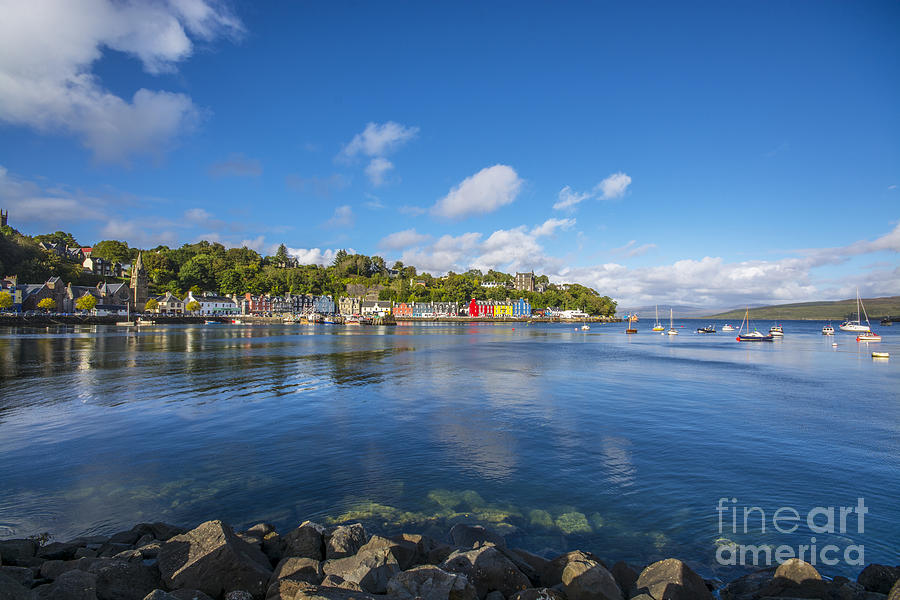 Colourful Tobermory 2 Photograph