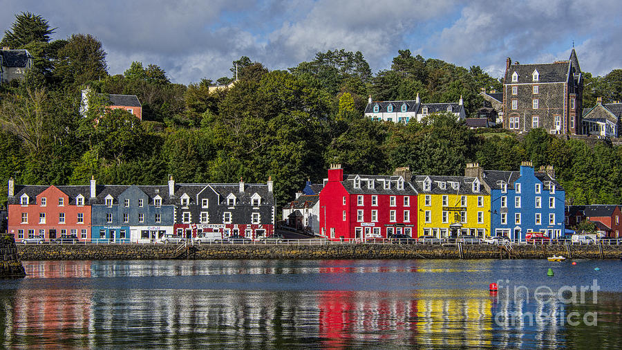 Colourful Tobermory Photograph