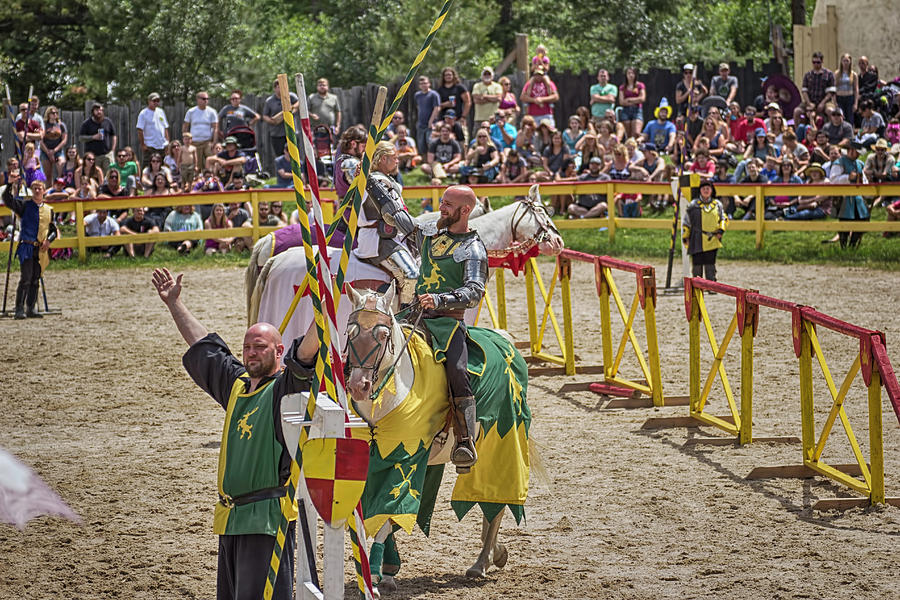 Knights Photograph - Competitors Salutations by Lorraine Baum