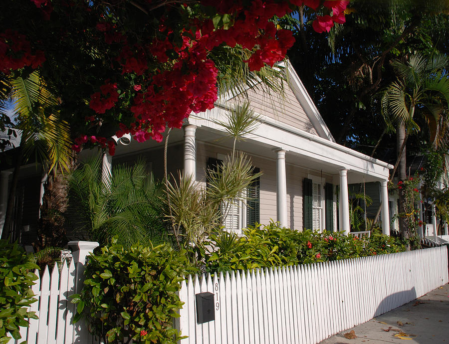 Conch House Photograph - Conch House In Key West by Susanne Van Hulst