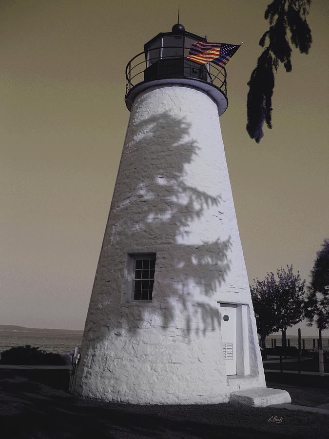 Concord Point Photograph - Concord Point Light by Gordon Beck