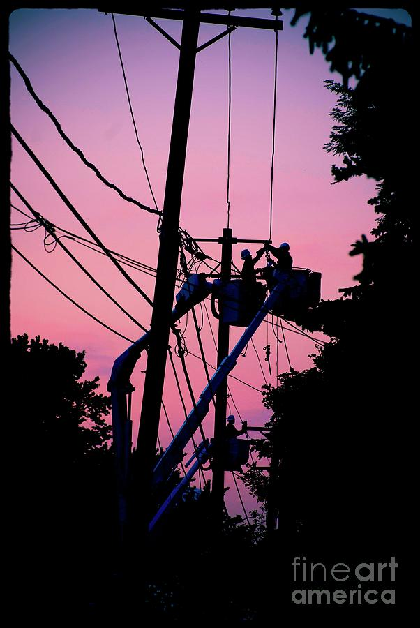 Color Photograph - Connections by Frank J Casella