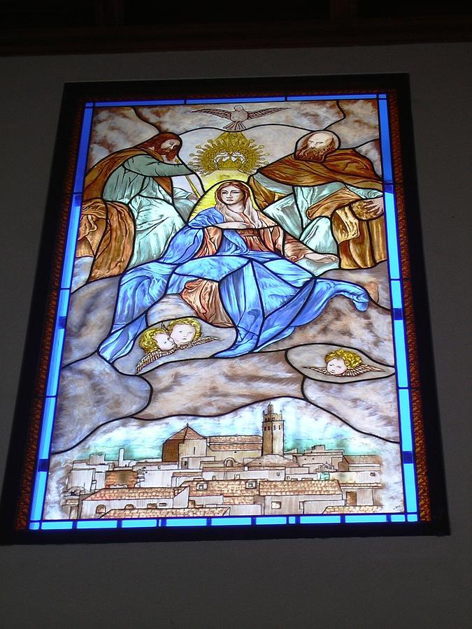 Coronacion De La Virgen Glass Art by Justyna Pastuszka