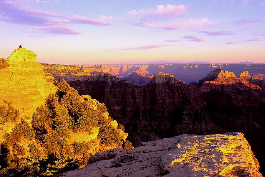 Grand Canyon Photograph - Couple Enjoys Grand Canyon Sunset by Alan Lenk