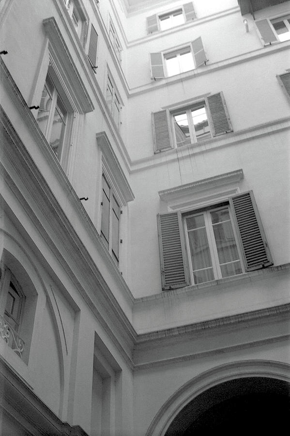 Patio Photograph - Courtyard in Rome by Nacho Vega