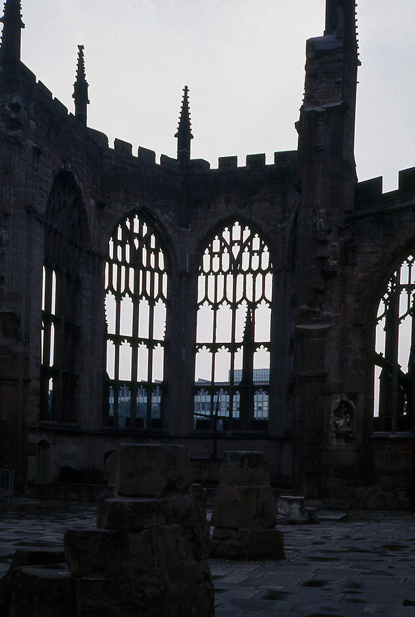Coventry Cathedral Photograph - Coventry Cathedral Remains England by Richard Singleton