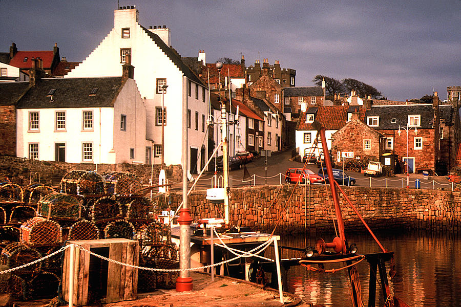 Crail Harbour by John McKinlay