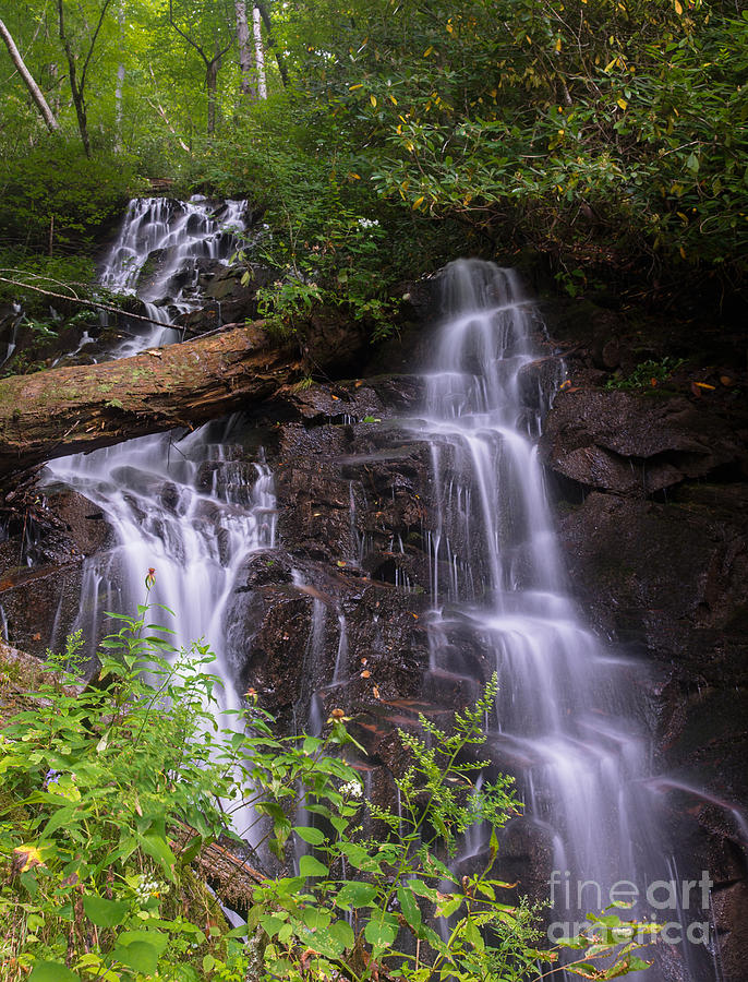 Water Falls Photograph - Cranberry Falls. by Itai Minovitz