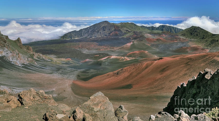 Crater in Haleakala National Park by Frank Wicker