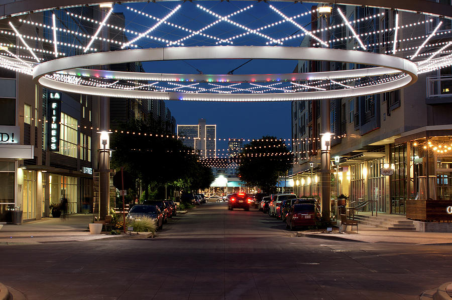 Crockett Circle Fort Worth 53117 by Rospotte Photography