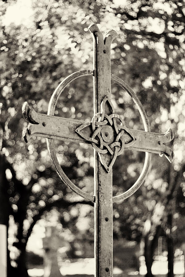 Cross Photograph - Cross At Dublin Pioneer Cemetery by Troy Montemayor
