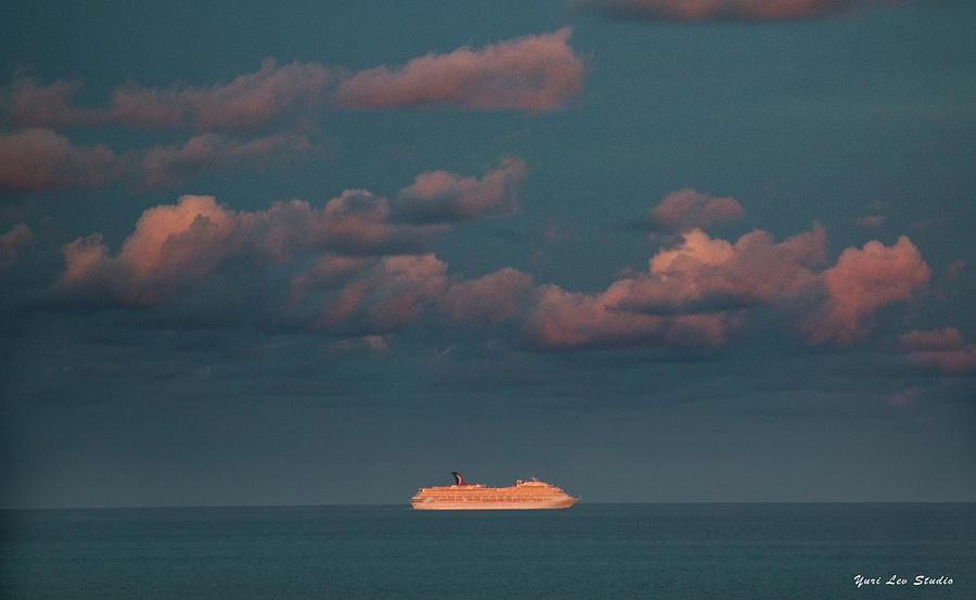Cruise Photograph