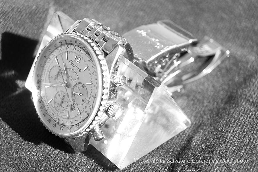 Watch Photograph - Crystal Colorabsorber by Salvatore Corcione
