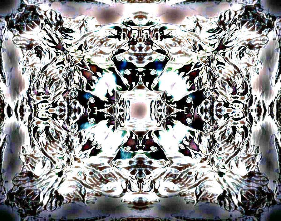 Diamond Crystallize Cross Pattern Drawing