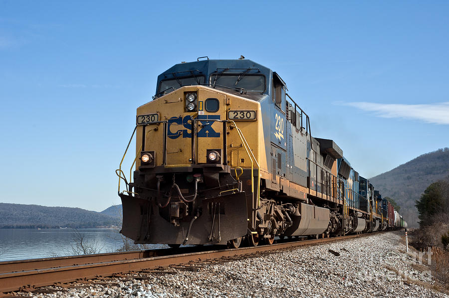 Rail Photograph - Csx Dash -8 by Bernd Billmayer