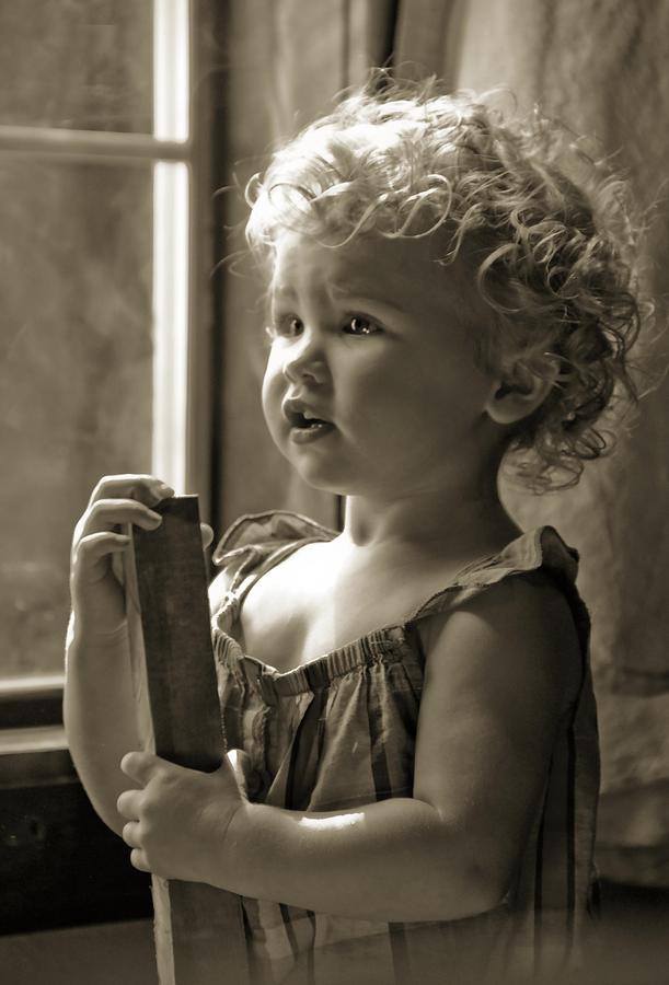 Faces Photograph - Curious Mind by Mamie Thornbrue