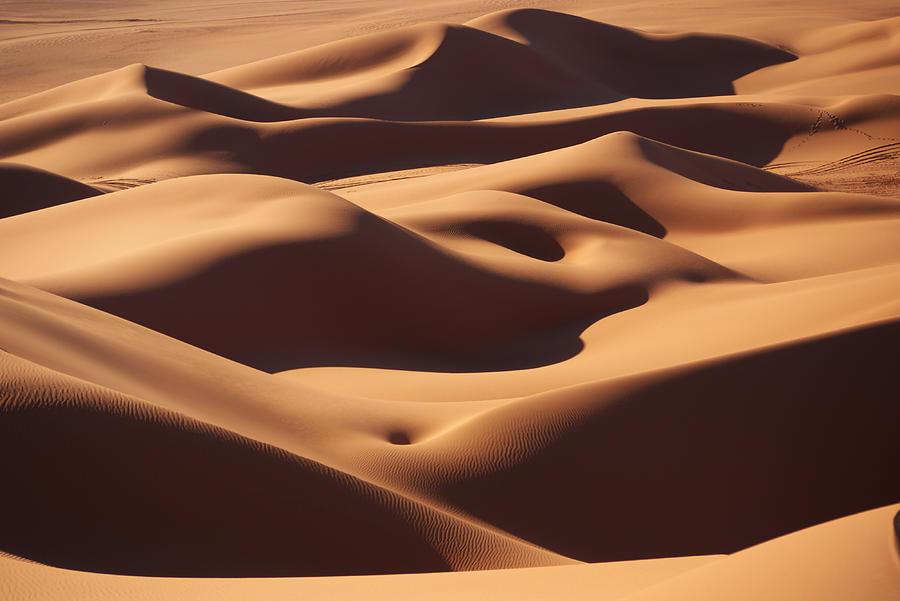 Sand Photograph - Curves by Ivan Slosar