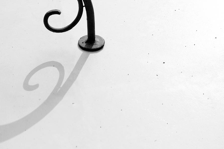 Minimal Photograph - Curves To The Left by Prakash Ghai