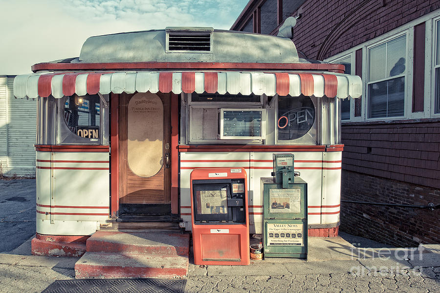 Daddypops Tumble Inn Diner Claremont New Hampshire by Edward Fielding